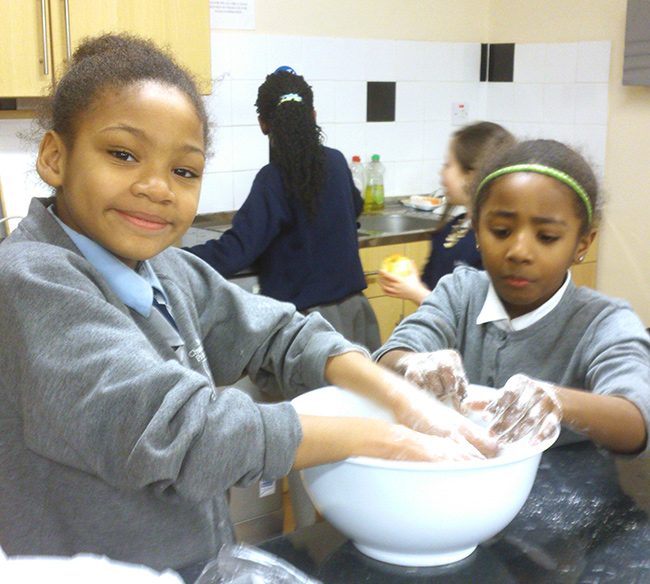 The young cooks at Ashmole community centre, Oval